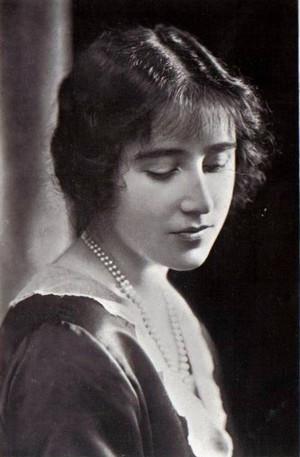 Elizabeth8